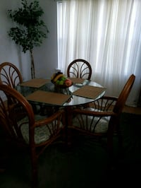 brown wooden dining table set Thorndale, 19372