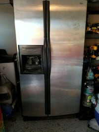 gray side-by-side refrigerator with dispenser Chula Vista, 91913