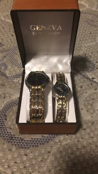 two round silver analog watches with link bracelets Houghton Lake, 48629