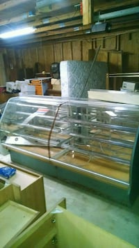 Display cabinets Jacksonville, 28546