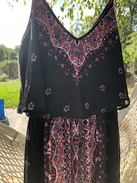 black and pink floral scoop-neck shirt West Columbia, 29170