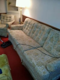 gray and brown floral fabric 3-seat sofa London, N6H 0B1