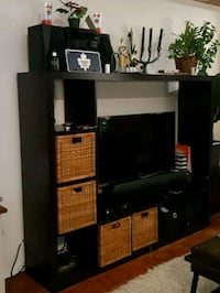 TV Stand  Toronto, M4A 2T1