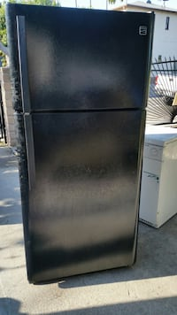 Black top-mount refrigerator Los Angeles, 90065