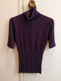 Women's short sleeved turtle neck Toronto, M6P 4B1