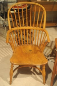 Antique Windsor chair CHEVYCHASE