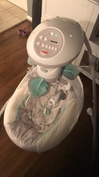 baby's white and green cradle n swing Burke, 22015