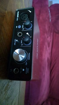 Focusrite Scarlett solo 2nd edition in mint condition Vancouver, V5L 4N3