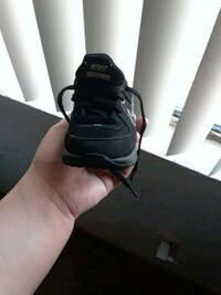 black and gray nikes size 3.5 c Sacramento, 95823