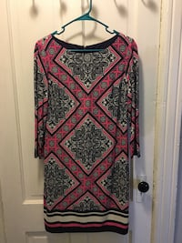 Size:10 long-sleeved dress