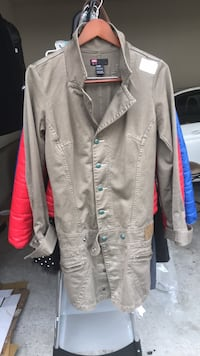 gray button-up jacket Clarksburg, 20871