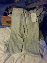 Womens size 4 new warm down jogger from lululemon Des Moines, 50317