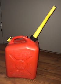 Gas Can 10 litres Brantford, N3T 2J1