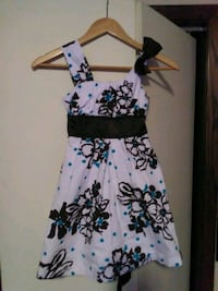 white and black floral sleeveless dress Sioux Falls, 57104