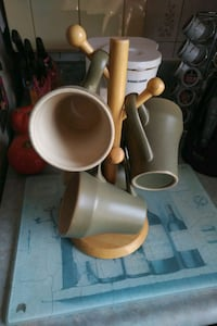 Coffee mugs with stand. Oakville, L6K 1W3