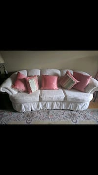 white and pink floral fabric sofa Vaughan, L4H 1C3