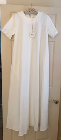 Long white dress WITH POCKETS size small 3013 km