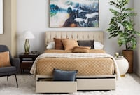 Upholstered Queen Storage Bed with USB and Nail Head Trim Las Vegas, 89142