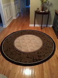Round Area Rug (see info pics) Barrie, L4N 5H8