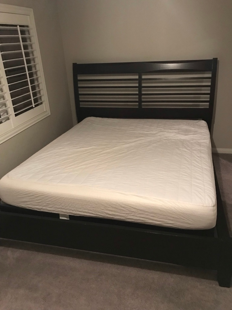 Attirant 5 Piece Ashley Furniture King Bed With Box And Mattress !