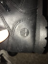 Size 6 Leather so good for snow Real timberlands Calgary, T3B 0T3