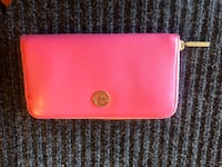 pink leather bi-fold wallet Vacaville, 95688