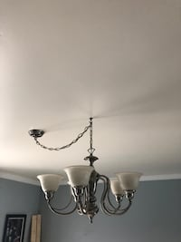 white and silver uplight chandelier Laval, H7W 3Y7