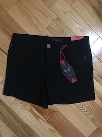 Black shorts  Russell, K0A 1W0