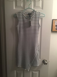 Stripped mini dress size xs (new with tags) Montreal, H3V 1G3
