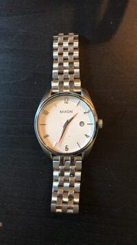 round silver-colored analog watch with link bracelet Vancouver, V5N 2K5