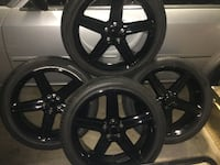 """Set of 4 24"""" rims with tires Eastpointe, 48021"""