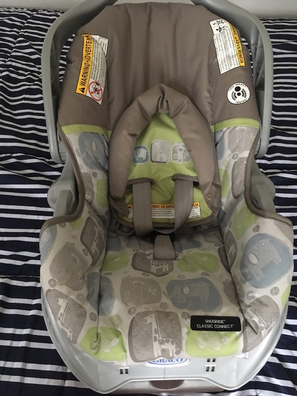 Used Baby S Gray And Green Graco Car Seat Carrier Brand New Never For In Nueva York Letgo