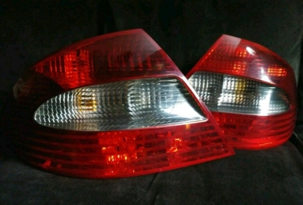 06-09 Mercedes W209 CLK550 Full Taillight Assembly