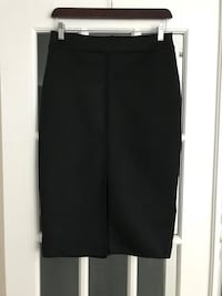 Pencil skirt from Sandro, size medium. Purchased in Paris. Reg. 300$ Montréal, H1J