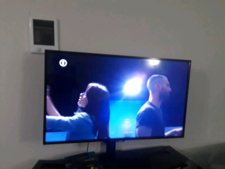 55 Inch samsung smart TV Used for sale in San Diego - letgo