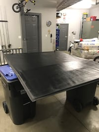 PERFECT CONDITION TRIFOLD TONNEAU COVER  Mississauga, L5C 1B1