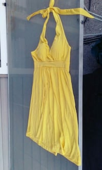 SWS Yellow Dress Size Large  Port Coquitlam, V3C 1Y6