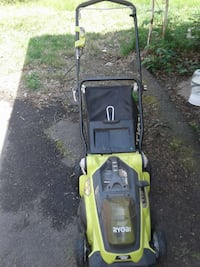 40 volt lithium battery operated mower with grass  Alexandria, 22315