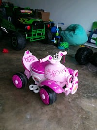 Toddler power wheels Valdosta, 31605
