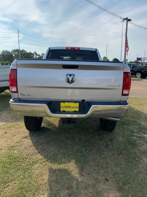 2018 Dodge Ram 2500 Pickup 45be4246-8a22-4f3f-a9d1-a0f86e505e77