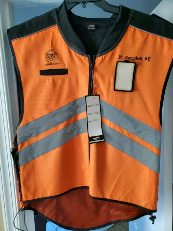 Motorcycle Reflective vest with Id holder aeca0c18-a1b5-49e1-8867-59bc4a92e3fb