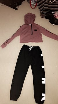 black and brown long-sleeved shirt and black pants Milton, L9T 5S6