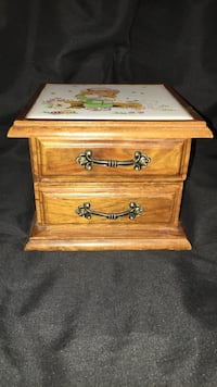 Small wooden 2-drawer nightstand London, N6E 1A2