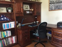 brown wooden desk with hutch Woodbridge, 22191