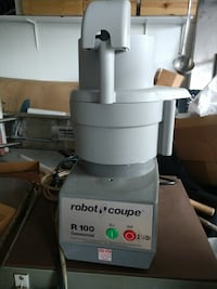 gray Robot coupe R 100