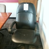 Black Office Chair little worn on arms Oakville, L6L 5N1