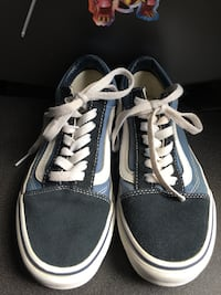 Blue-and-White low top Vans M 4.0 W 5.5 Log Lane Village, 80705