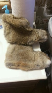 REAL Rabbit Fur Slippers Mint Condition Never Worn Granite Bay, 95746