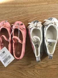 Brand new Baby girls shoes. Size 6 and size 4 Gothenburg, 414 83