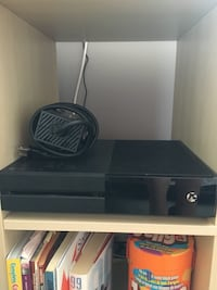 Black and gray Xbox 1 comes with 7 games two controllers, charger, and all the power cords. Only used 5 times Barrie, L4N 9T3